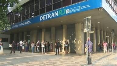 RJ1 - Íntegra 10/08/2020 - O telejornal, apresentado por Mariana Gross, exibe as principais notícias do Rio, com prestação de serviço e previsão do tempo.