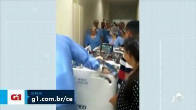 Médico que operou gêmeas siamesas cearenses morre de covid-19 - Saiba mais em g1.com.br/ce