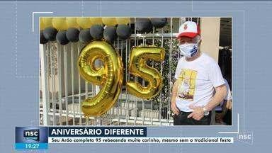 Idoso faz 95 anos e faz festa 'diferente' em SC por causa da pandemia - Idoso faz 95 anos e faz festa 'diferente' em SC por causa da pandemia