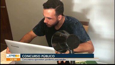 Concurseiros aproveitam pandemia para estudar - Três prefeituras da Paraíba estão com editais abertos.