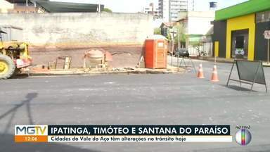Obras alteram trânsito em três cidades do Vale do Aço - Timóteo e Santana do Paraíso tiveram trechos bloqueados e, em Ipatinga, a avenida Brasil foi liberada.