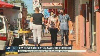 Após reabertura, lojistas de São Carlos apostam em promoções para impulsionar vendas - Objetivos dos comerciantes são renovar os estoques de produtos e tornar ofertas mais atrativas para os clientes.
