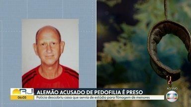 Alemão acusado de pedofilia é preso - Polícia descobriu casa que servia de estúdio para filmagem de menores; preso aliciava e abusava de menores em Santíssimo, zona oeste do Rio