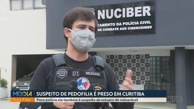 Polícia prende suspeito de pedofilia em Curitiba - Polícia apreendeu computadores na casa. O homem é suspeito de estupro e crimes de pedofilia