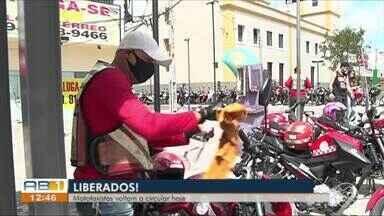 Mototaxistas voltam a trabalhar junto aos passageiros em Pernambuco - Serviço volta a funcionar nesta segunda-feira (17).