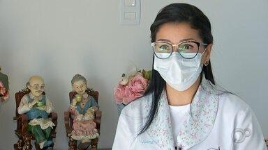 Ponto de Vista: enfermeira dá sua visão sobre a pandemia de coronavírus - A pandemia do coronavírus mudou a rotina de todos e seja na saúde ou na economia o impacto é grande. Para mostrar as várias realidades desta pandemia, o TEM Notícias exibe o quadro Ponto de Vista. Nesta segunda-feira (17), o depoimento é da enfermeira Joana Bacci.