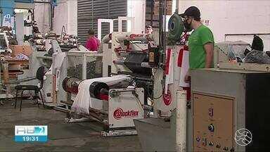 Indústria de Pernambuco dá sinais de recuperação após retomada do comércio - Aumento da produção e recontratações começaram a acontecer.