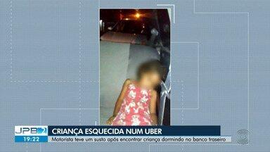 Criança é esquecida em uber, em João Pessoa - Motorista teve um susto após encontrar criança dormindo no banco traseiro do carro.