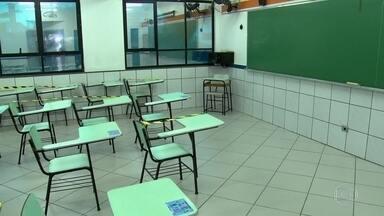 Dois em cada três alunos da rede pública de SP que contraíram Covid não tiveram sintomas - Dados são de pesquisa da prefeitura de São Paulo, que vai adiar a volta às aulas, prevista para setembro, por causa do risco de disseminação do vírus.