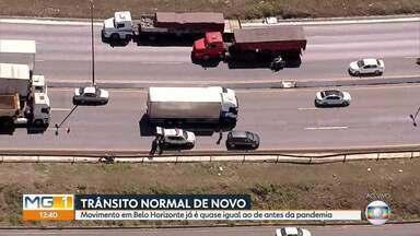 Trânsito está quase em níveis pré-pandemia em Belo Horizonte - Reabertura do comércio leva muitos carros para as ruas da capital mineira.