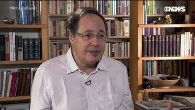 Eduardo Giannetti da Fonseca fala da sua paixão por livros - Roberto D'Avila conversa com o economista Eduardo Giannetti da Fonseca - doutor pela Universidade de Cambridge -, sobre sua paixão por livros e seu mais novo trabalho.