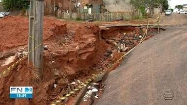 Chuva causa estragos em bairros de Álvares Machado - Moradores falam que o problema é recorrente há anos.