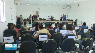 Sessões do Tribunal do Júri são retomadas em Santa Inês - Desde o começo da manhã, três acusados de homicídio são julgados.