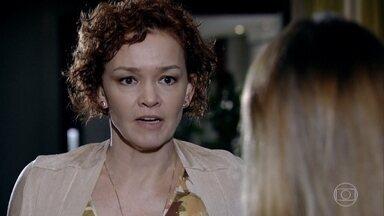 Esther ameaça matar Beatriz - Ela consegue fazer com que a moça se afaste de Victoria