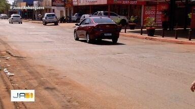 Falta de sinalização de trânsito tem causado acidentes em Goiânia, diz motoristas - Moradores cobram providências.