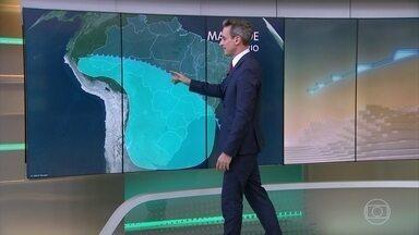 Previsão de frio continua para os estados do Sul do Brasil - São Paulo tem o dia mais frio do ano e previsão de chuva.