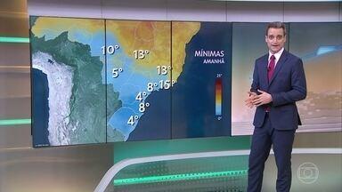 Regiões Sul e Centro-Oeste do Brasil têm previsão de geadas no fim de semana - O frio deve permanecer no centro-sul do Brasil, mas não há mais chances de nevar na região.