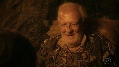 Edward Millman diz a Anna que é o guardião do tesouro - Anna pede para que pai vá embora com ela