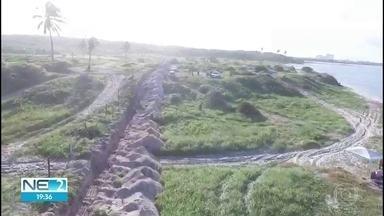 Obra irregular na orla de Murto Alto, em Ipojuca, é embargada pela CPRH - Dono do terreno levou multa de R$ 15 mil por devastar área de restinga