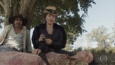 Dom Pedro se desespera ao ver Domitila ferida - Leopoldina se apressa para ajudar a rival e pede que Pedro encontre Peter imediatamente. Amália conclui que Peter e Wolfgand foram envenenados. Pedro pede que Peter vá socorrer Domitila