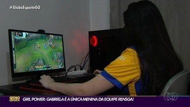Conheça a Gabi a única mulher da equipe Rensga - Equipe de E-Sports disputa campeonatos nacionais