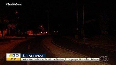 Parque Macambira está no escuro, em Goiânia - Moradores reclamam da falta de iluminação no setor.
