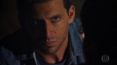 Cassiano promete a Duque que vai fugir - Antigo prisioneiro diz que o piloto morreu para o mundo