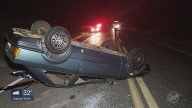 Homem morre após carro capotar na MG-344 entre Pratápolis e Cássia - Homem morre após carro capotar na MG-344 entre Pratápolis e Cássia