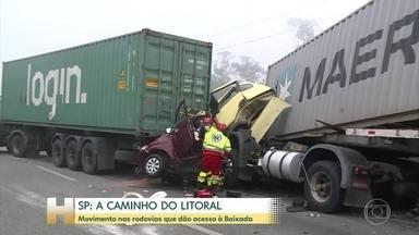 Movimento nas rodovias que dão acesso à Baixada Santista é tranquilo - 122 mil veículos já desceram para o litoral paulista pelo sistema Anchieta Imigrantes. Movimento menor que no fim de semana passado quando 200 mil veículos desceram a Serra.