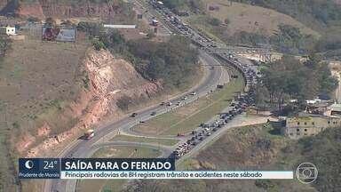 Movimento nas estradas por causa do feriado - Por causa da pandemia, o Conselho Nacional de Trânsito suspendeu os prazos pra cobrança de multa.