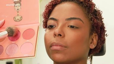 Maquiagem para pele negra: aprenda como usar o tom ideal para sua cor - A maquiadora Carol Batista dá as dicas