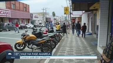 Vale do Ribeira avança para fase amarela do Plano São Paulo - Comércio nas cidades da região puderam voltar a abrir por oito horas por dia.