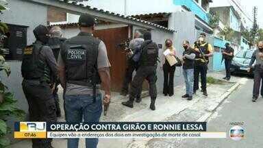 Investigadores fazem buscas em endereços do ex-vereador Cristiano Girão e de Ronnie Lessa - Eles procuram provas sobre o assassinato de um casal em 2014.
