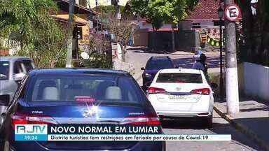 Distrito de Lumiar, em Nova Friburgo, tem restrições em feriado devido à pandemia - Moradores da região cobram fiscalização de medidas de combate à Covid-19 nas ruas e pontos turísticos.