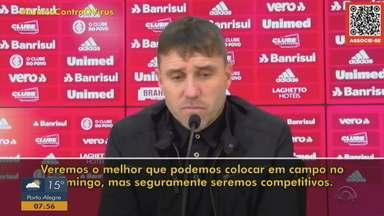 Eduardo Coudet comenta escalações do Inter para os próximos jogos - Assista ao vídeo.