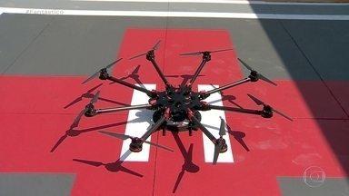 VÍDEO: Anac testa delivery de comida com uso de drones - Já pensou em pedir um jantar e a comida chegar voando na sua casa? O primeiro serviço experimental de entrega por drones foi realizado esta semana, em Campinas (SP).