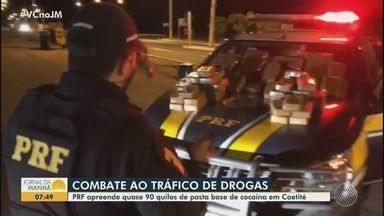 Polícia Rodoviária Federal apreende quase 90 quilos de pasta base de cocaína em Caetité - Um homem também foi preso em flagrante durante a abordagem, ocorrida na BR-030.