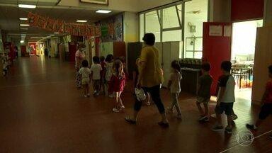 Itália reabre maioria das escolas - Aulas ficaram suspensas 18 semanas fora o período de férias - o tempo mais longo depois da China.