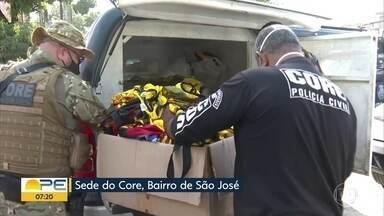 Polícia faz operação contra suspeitos de integrar torcidas uniformizadas e praticar crimes - Justiça determinou extinção de três dessas torcidas em fevereiro.