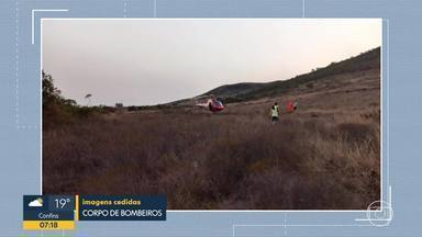 Homem morre ao cair com parapente, na Serra da Moeda - O instrutor de voo morreu na tarde de segunda (14).