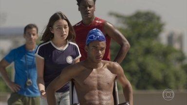 Wesley sai desanimado do primeiro dia de treino - Montanha e Janaína tentam levantar o astral do atleta