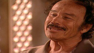Capítulo de 01/10/2001 - Albieri explica a Leônidas sobre clonagem. Sálua morre e Jade fica sozinha. Albieri, Lucas e Diogo chegam ao Marrocos. Jade conhece tio Ali. Leônidas apresenta Yvete aos filhos.