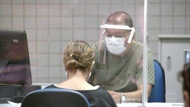 Justiça Federal em Brasília suspende volta dos médicos peritos ao trabalho - O juiz Márcio de França Moreira suspendeu a retomada das perícias médicas até que novas inspeções sejam feitas nas agências do INSS.