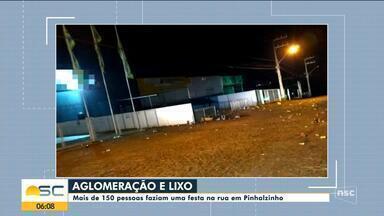 Mais de 150 pessoas fazem festa e deixam lixo em rua de Pinhalzinho - Mais de 150 pessoas fazem festa e deixam lixo em rua de Pinhalzinho