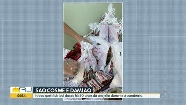 Veja como foram as comemorações de Cosme e Damião no Rio - Tradicional distribuição de doces fez a alegria da criançada.