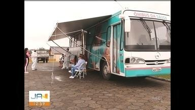 Lauro Müller faz testes de covid-19 em centro itinerante montado em ônibus - Lauro Müller faz testes de covid-19 em centro itinerante montado em ônibus