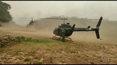 Bombeiros de SC reforçam o combate ao fogo no Pantanal - Brigadistas chegaram no domingo à noite para atuar na Serra do Amolar, MS, uma das áreas mais preservadas da região