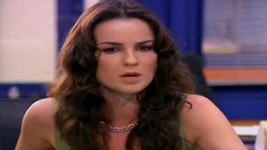 Capítulo de 19/08/2020 - Nesta temporada de Malhação, Sophie Charlotte e Rafael Almeida interpretam o casal de protagonistas Angelina e Gustavo.
