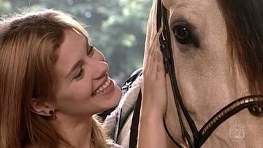 Edu leva Camila a haras para conhecer seu cavalo - A jovem escolhe o mais bonito e nomeia de Quixote
