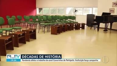 Coral Canarinhos de Petrópolis, RJ, sofrem com a crise causada pela pandemia - Coral de meninos mais antigo do país e internacionalmente conhecido lançou uma campanha para arrecadar fundos para ajudar a manter a iniciativa.